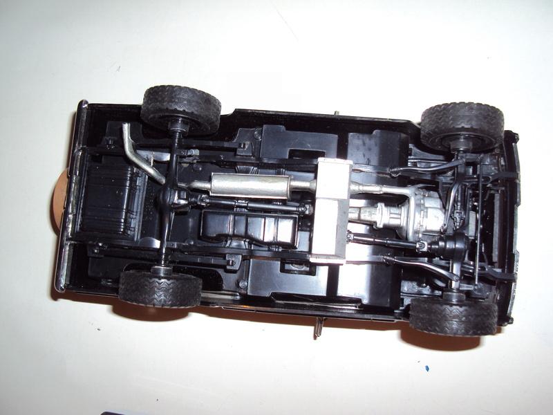 Vends 3 kits montés : Jeep Laredo, Bronco & Porsche 934 Dsc03142