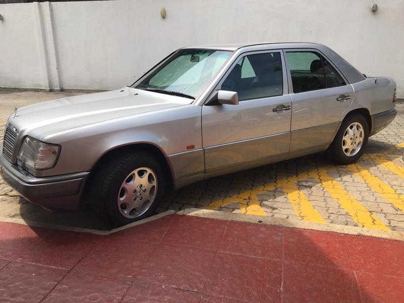 W124 e320 1995. R$34.000 Img_2418