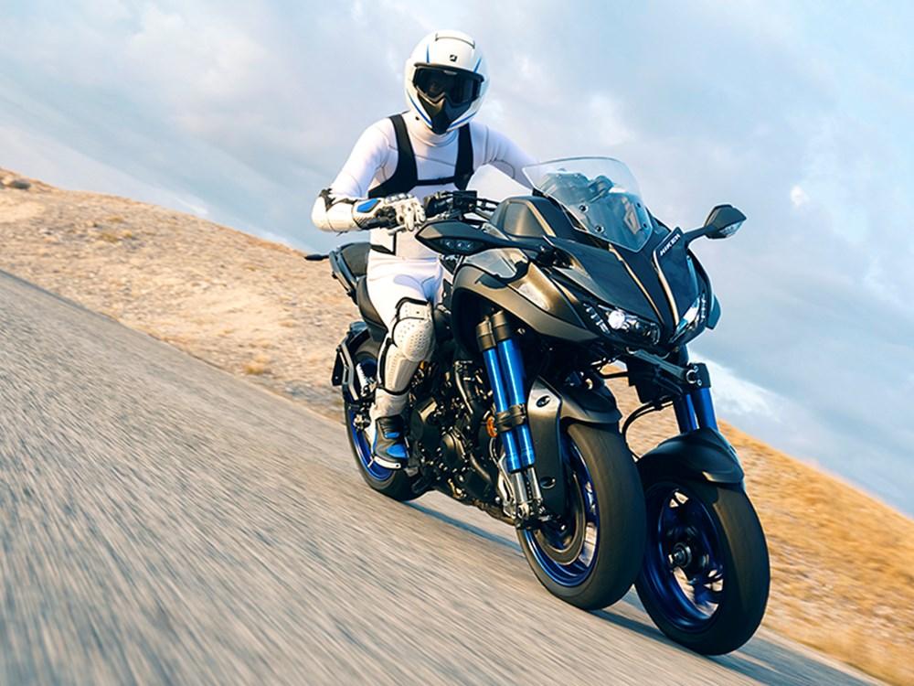 Yamaha Niken 2018_y10