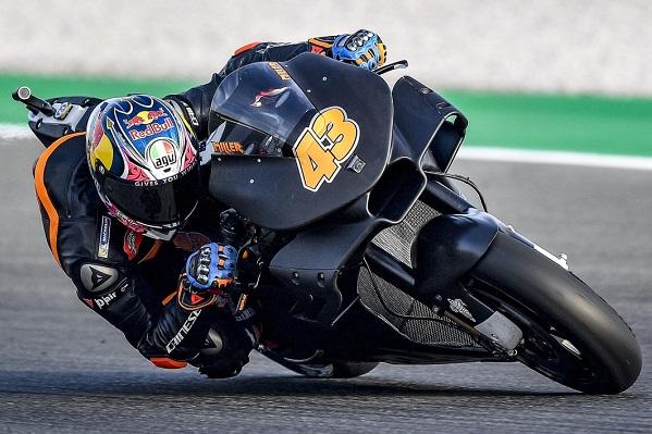 MotoGP 2018 - Page 2 Alx60410