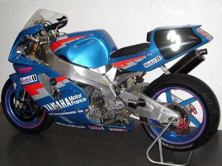 Yamaha FZR - Page 4 C4b1db10