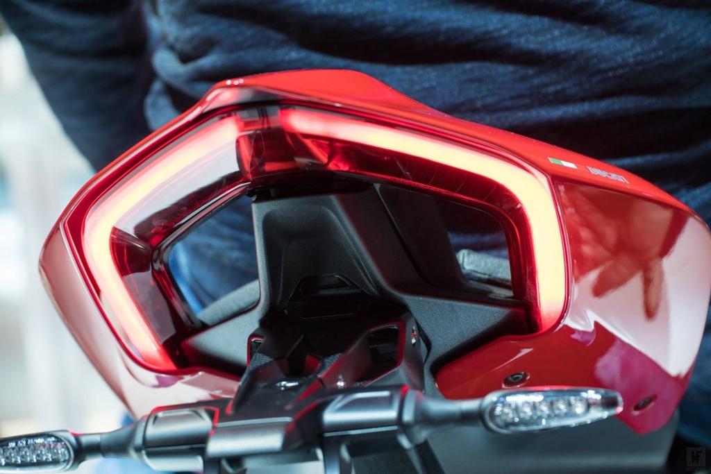 Ducati V4 - Page 3 Ducati12