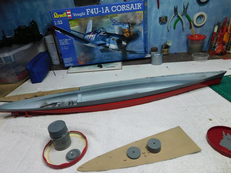 HMS Hood  Heller au 1/400 Dscn5113
