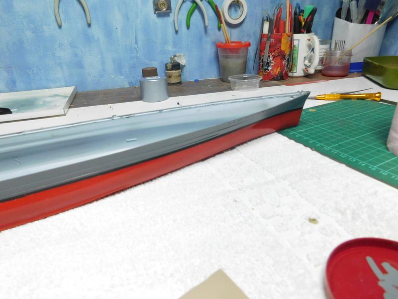 HMS Hood  Heller au 1/400 Dscn5114