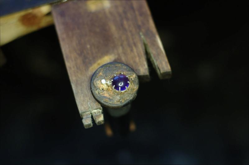 Pendentif 8 griffes et bélière sertie Dsc_0653