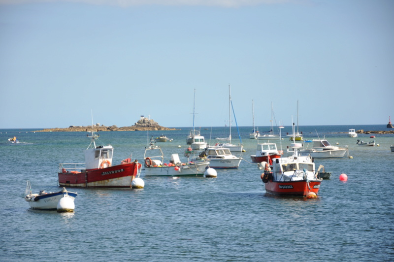 [VIE DES PORTS] Quelques bateaux de pêche (sur nos côtes Françaises) - Page 38 Ete_2015