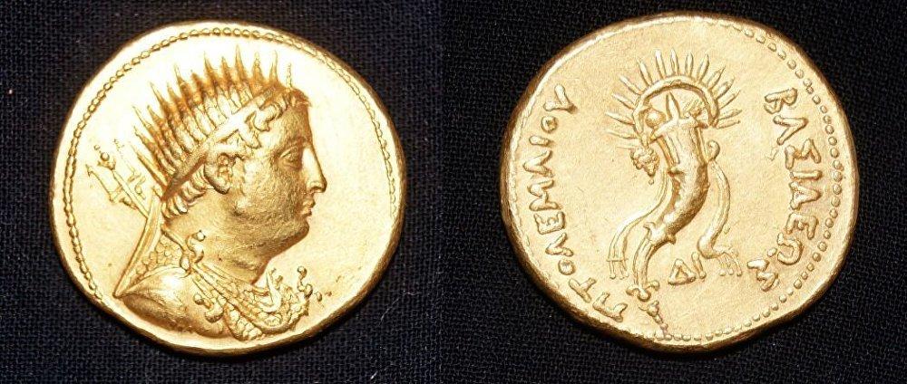 Monnaie d'or de Ptolémée IV.  10325510