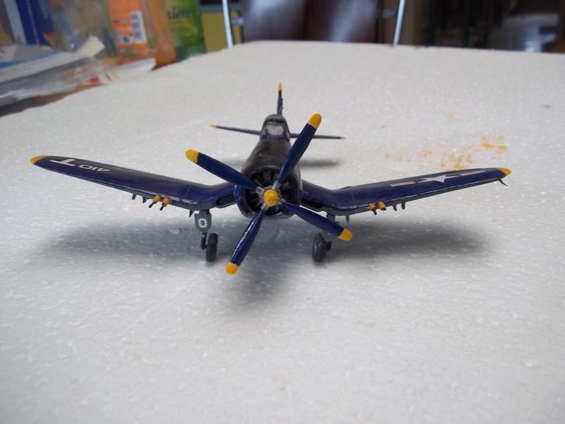 Corsair F4U   1/72 102_4018