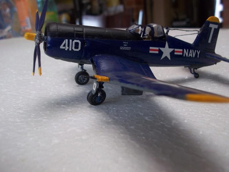 Corsair F4U   1/72 102_4019