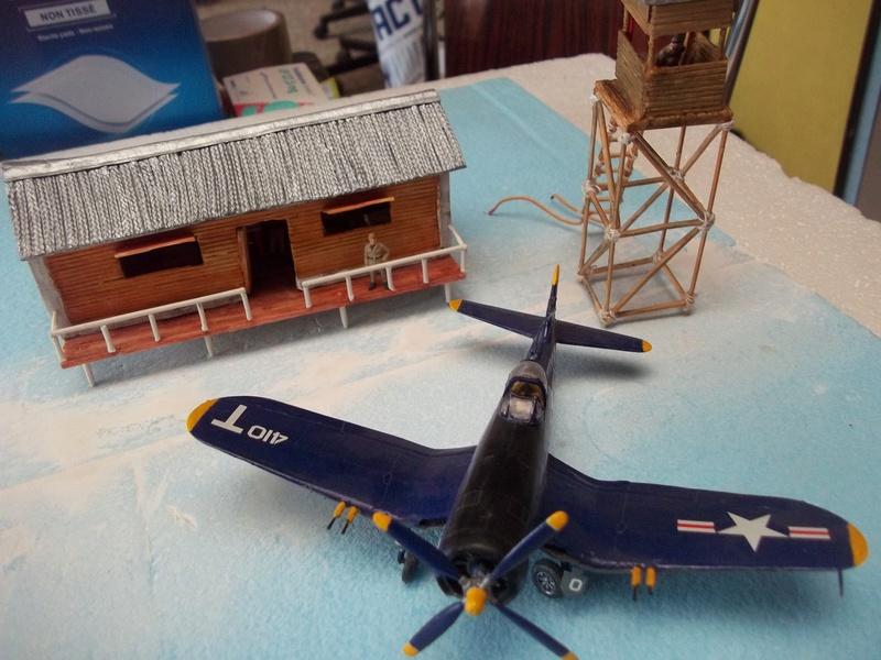 Corsair F4U   1/72 102_4038