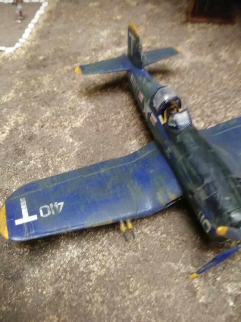 Corsair F4U   1/72 Img_2046