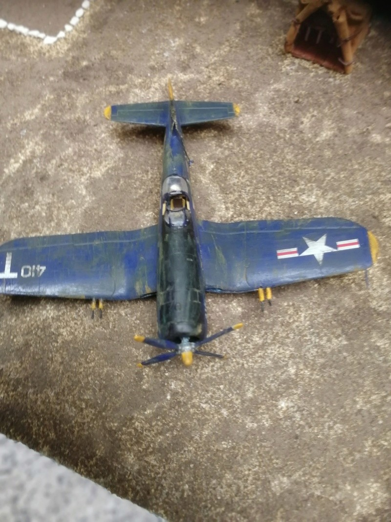 Corsair F4U   1/72 Img_2048