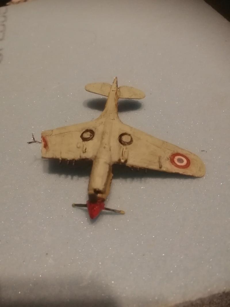 Curtiss P-40 Warhawk 1/144  Img_2076