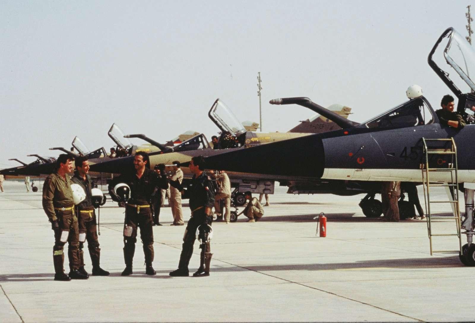 Guerre Iran-Irak - Page 3 P00810