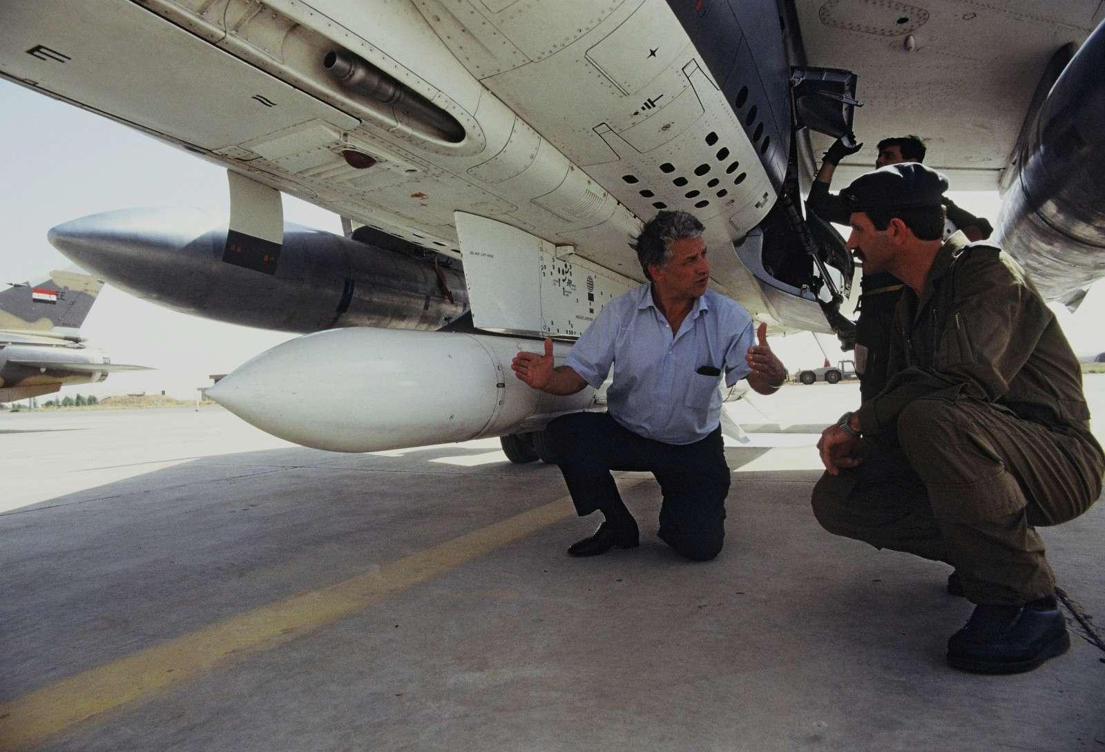 Guerre Iran-Irak - Page 3 P01810