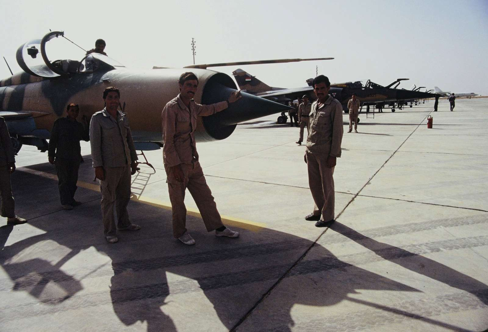 Guerre Iran-Irak - Page 3 P02310