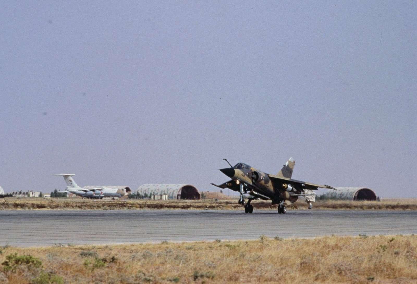 Guerre Iran-Irak - Page 3 P03710