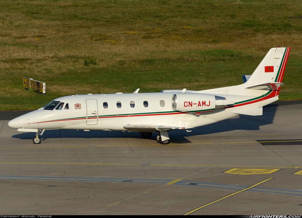 FRA: Avions VIP, Liaison & ECM - Page 19 Photo_12