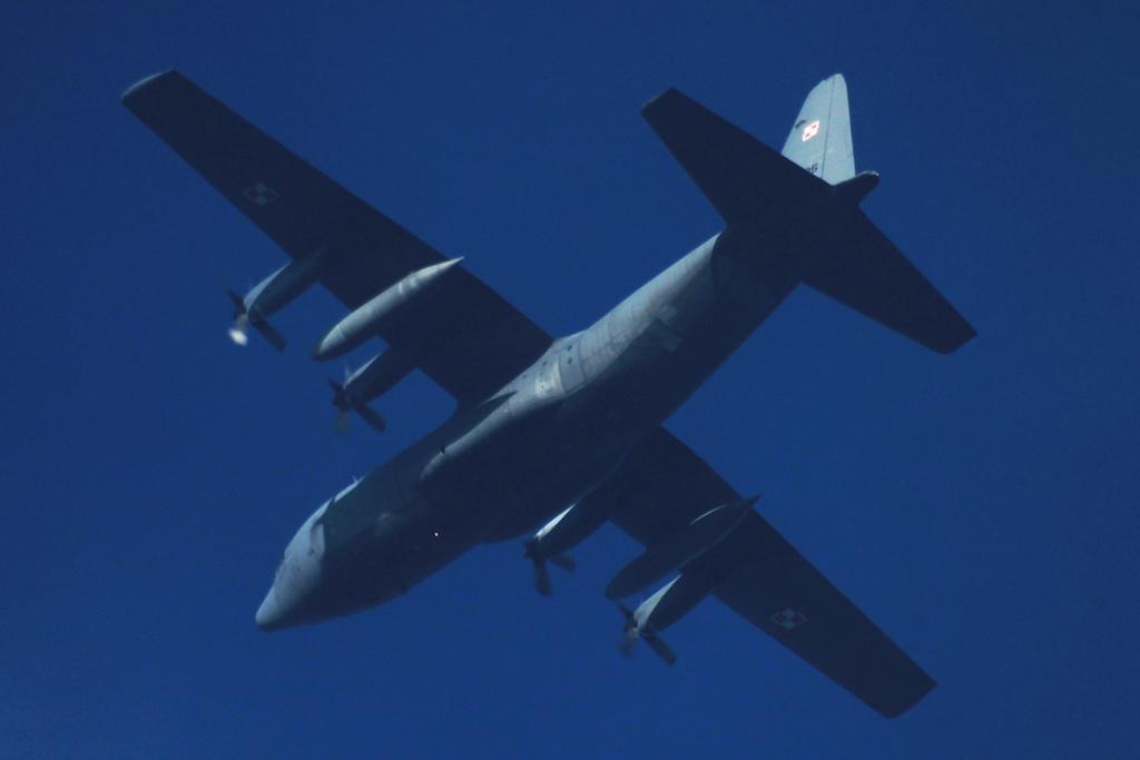 Oradea - aeronave in zbor - Pagina 38 150511