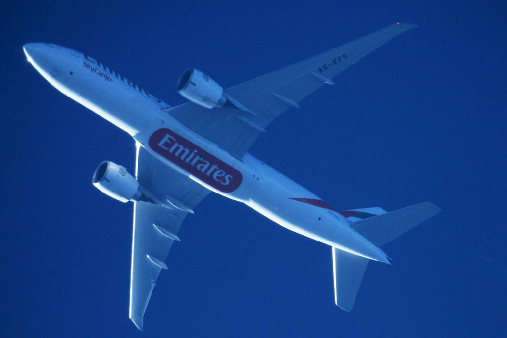 Oradea - aeronave in zbor - Pagina 38 A6-efs10