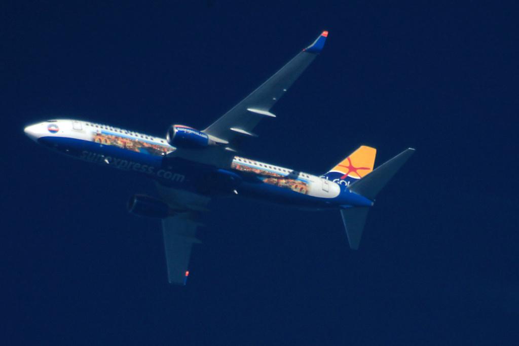 Oradea - aeronave in zbor - Pagina 38 D-asxp11