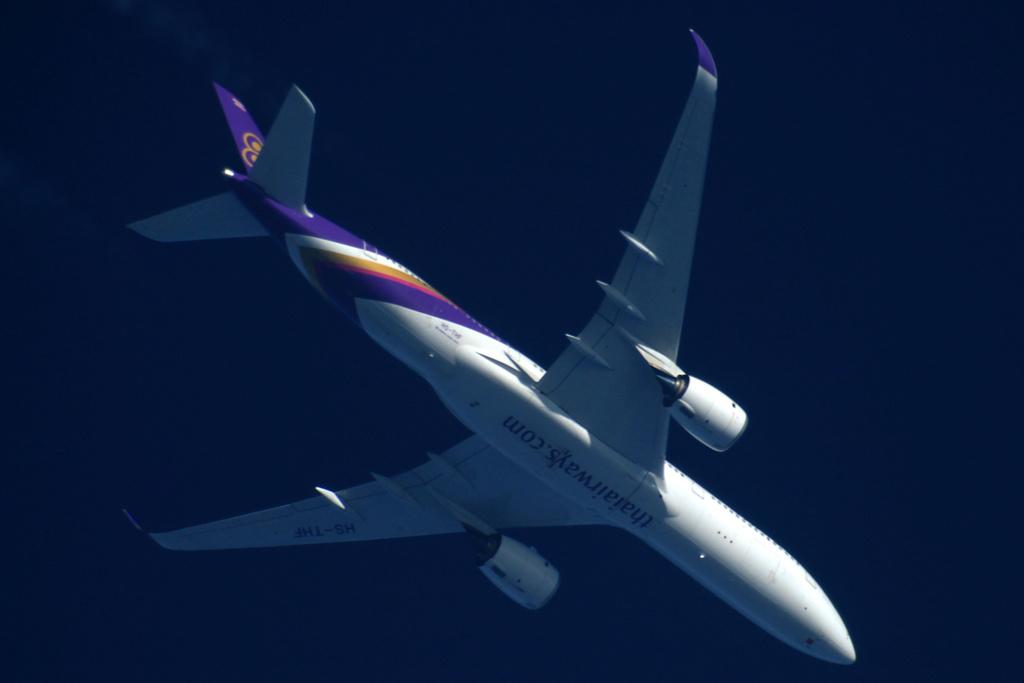 Oradea - aeronave in zbor - Pagina 38 Hs-thf11