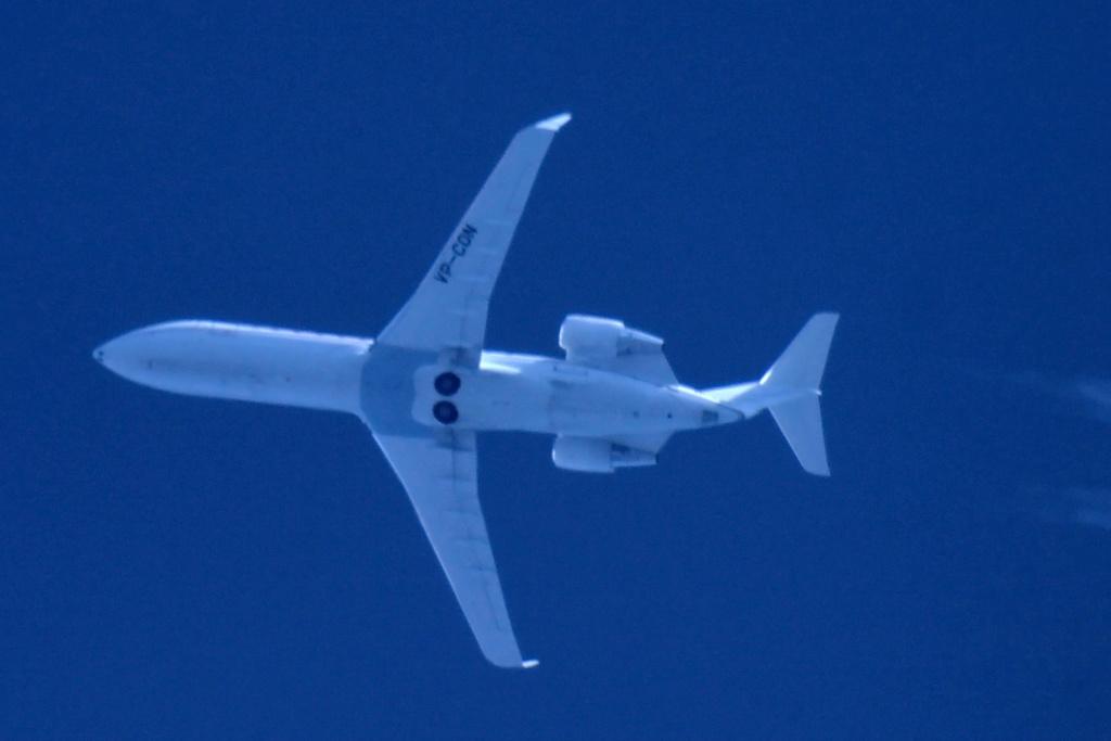 Oradea - aeronave in zbor - Pagina 38 Vp-con11