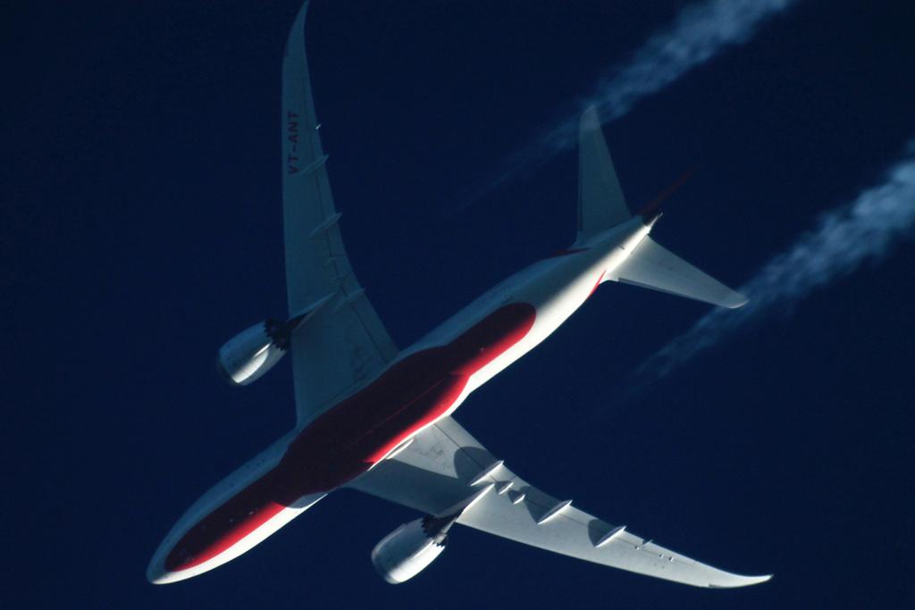Oradea - aeronave in zbor - Pagina 38 Vt-ant11