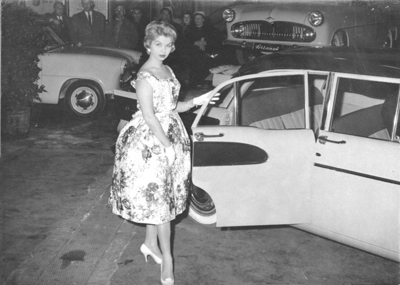 miss and cars - Page 17 28279310