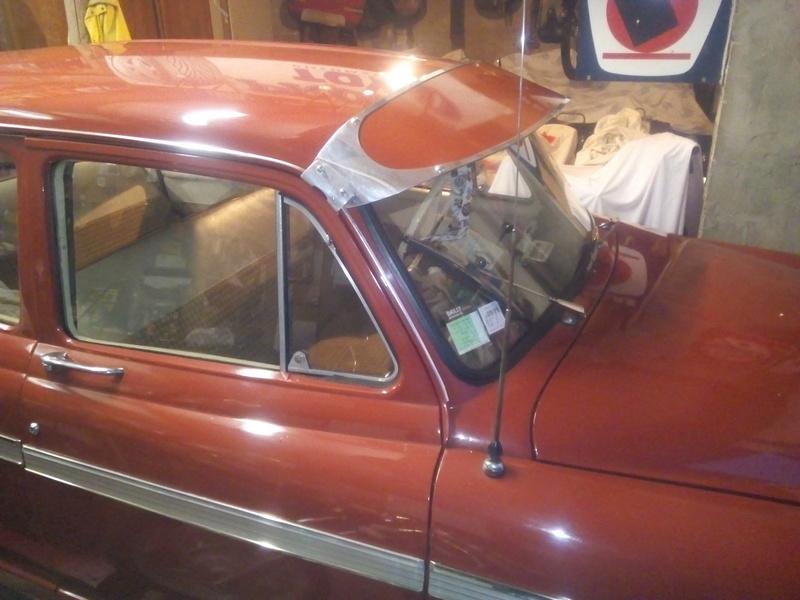 casquette parebrise 203 Img_2012
