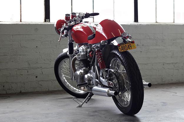 Ah! Un W650... Kawasa18