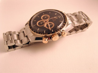 """News : Omega Speedmaster APOLLO 11 """"40TH ANNIVERSARY"""" LIMITED EDITION - Page 2 Snb11511"""
