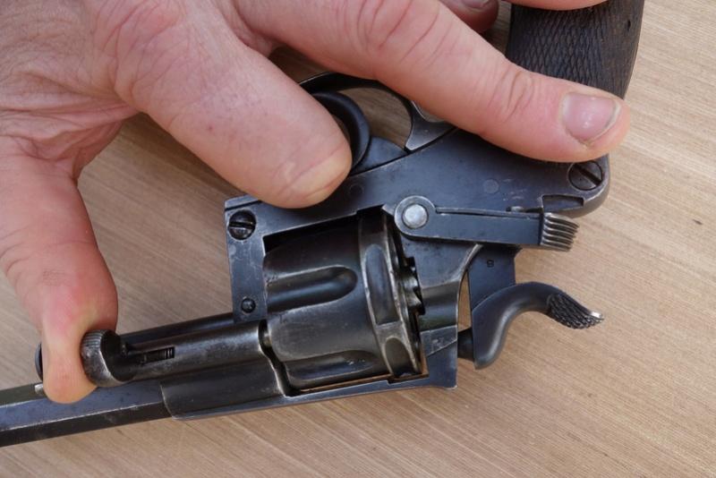 Revolver réglementaire KNIL 1891 Dsc02125