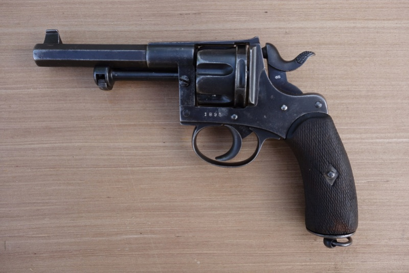 Revolver réglementaire KNIL 1891 Dsc02127