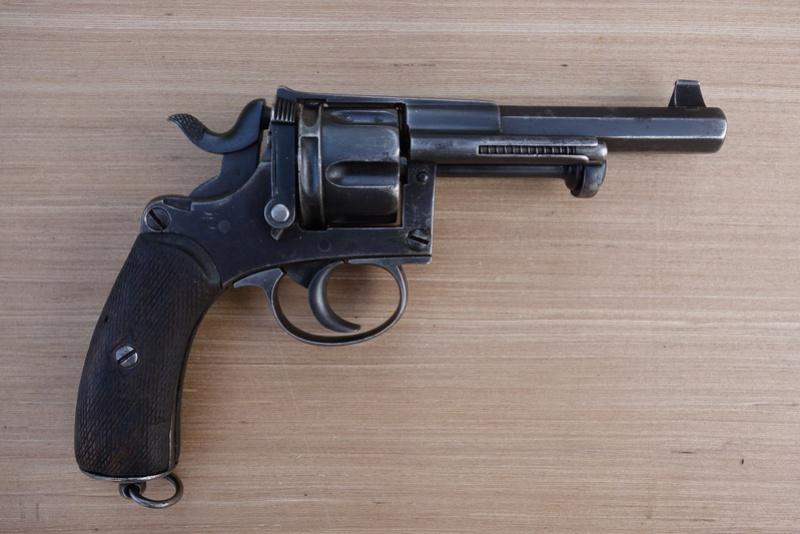 Revolver réglementaire KNIL 1891 Dsc02130