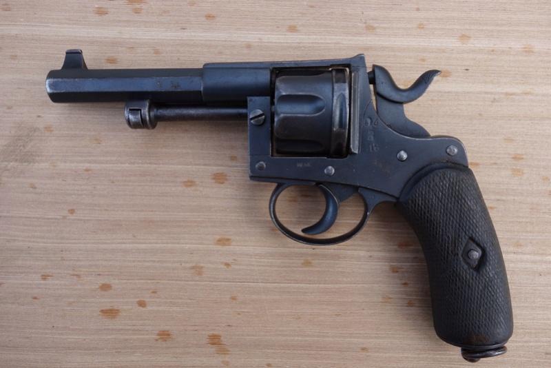 Revolver réglementaire KNIL 1891 Dsc02135