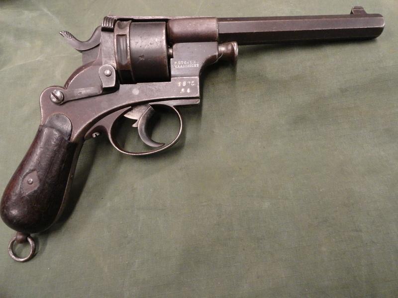 Revolver réglementaire KNIL 1891 Dsc05110