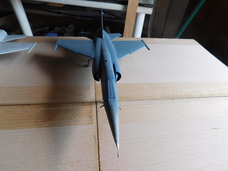 Les  Mirage F1 dans les ateliers Fouga Dscn1753
