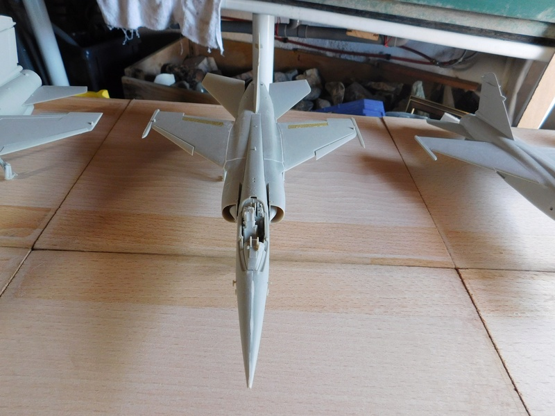 Les  Mirage F1 dans les ateliers Fouga Dscn1759