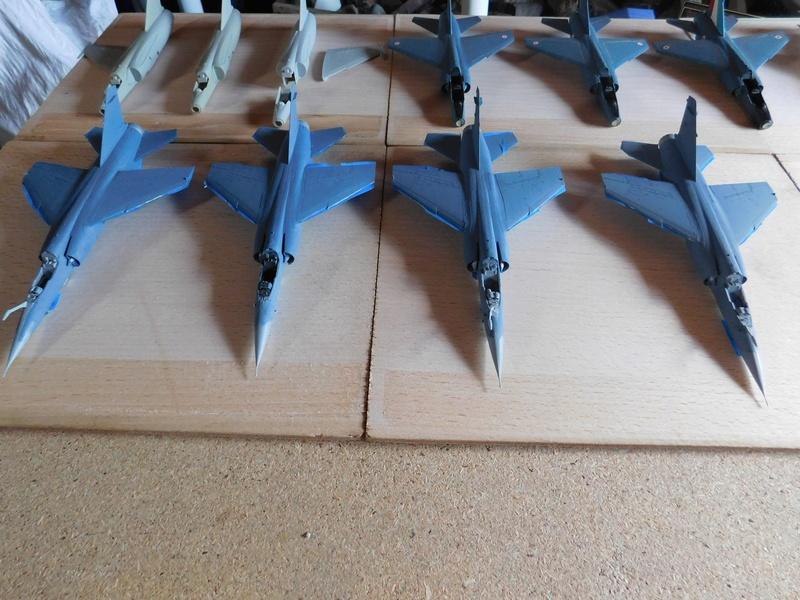 Les  Mirage F1 dans les ateliers Fouga Dscn1760