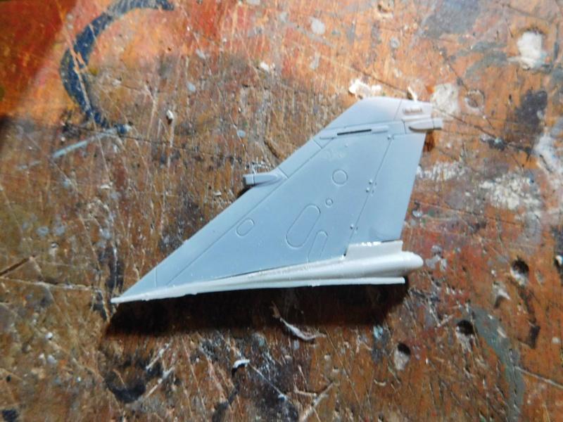 Les  Mirage F1 dans les ateliers Fouga Dscn1764