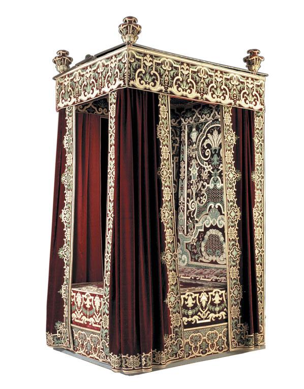 Lits historiques du XVe au XVIIIe s. usages, formes & décors 081f7310