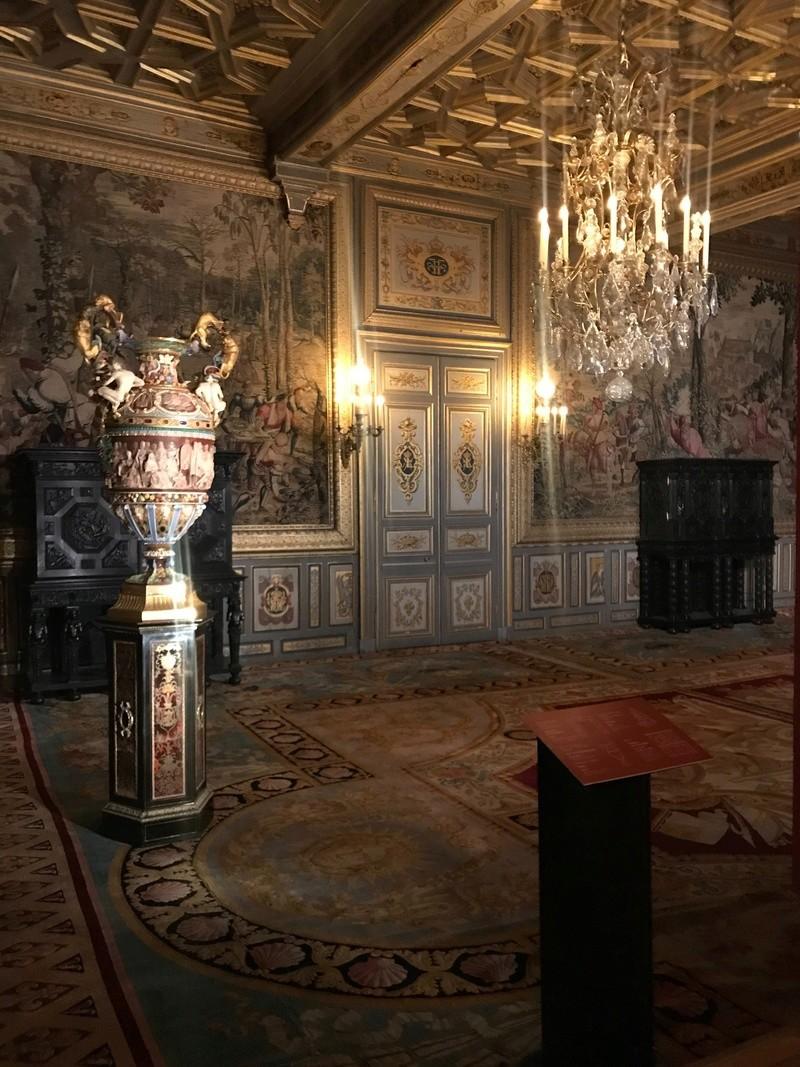 Fontainebleau, Exposition Louis-Philippe en 2018 - Page 2 75ebce10