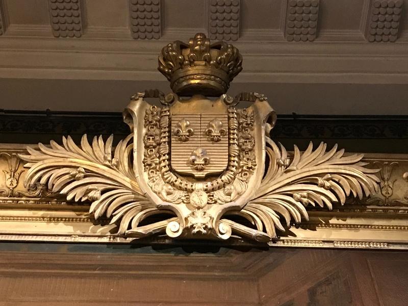 Le mobilier du château de Saint-Ouen s'expose à Maisons 822e7c10