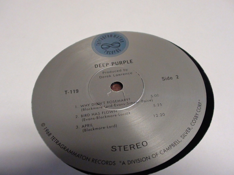 DEEP PURPLE (le trois) Dsc00322