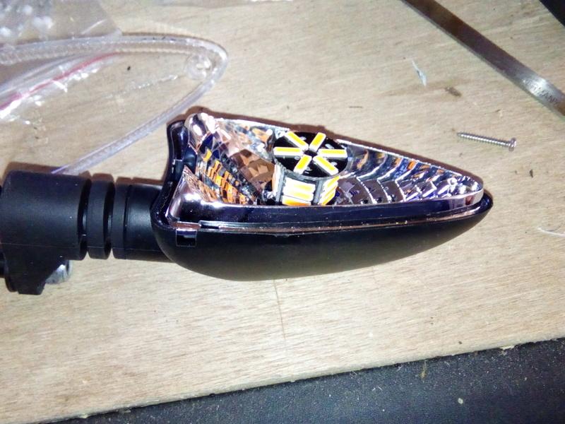 utilisation d'ampoule led Img_2014