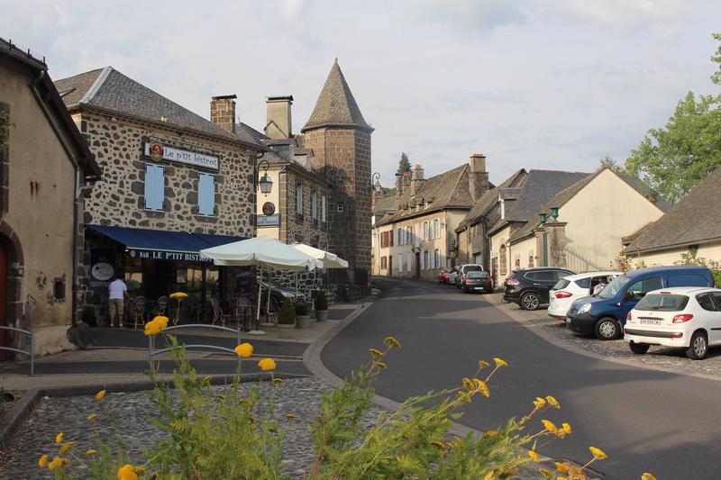 Saint-Martin-Valmeroux Img_7914
