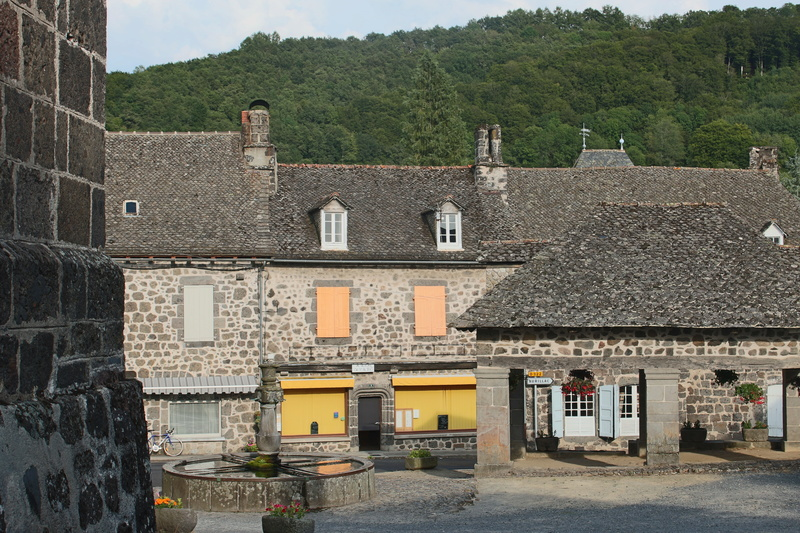Saint-Martin-Valmeroux Img_7923