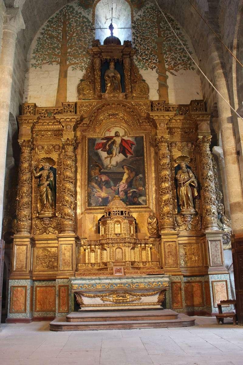 La chapelle de Bredons Img_8131