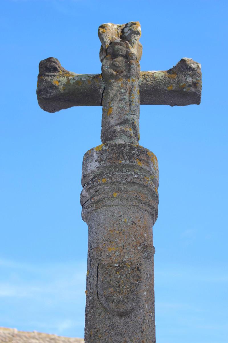 La chapelle de Bredons Img_8135